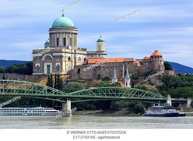 Hungary, Central Transdanubia, Komarom-Esztergom County, Esztergom, Danube, Esztergom Basilica, Adalbert Church, catholic church, classicism, Danube landscape