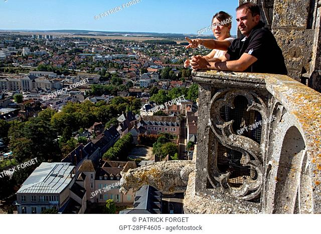 SOPHIE AND CHRISTOPHE, VIEW FROM THE ROOF OF THE CATHEDRAL NoTRE-DAME OF CHARTRES, UNESCO WORLD HERITAGE SITE, EURE-ET-LOIR 28, FRANCE