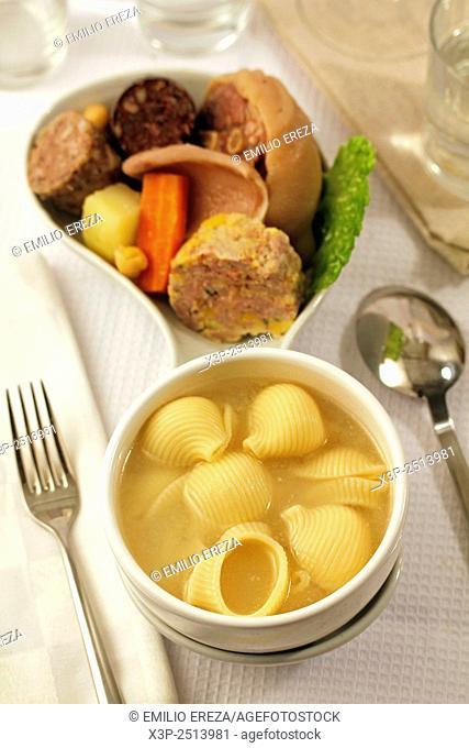 Escudella i carn d'olla (Traditional catalan dish)