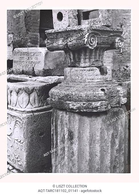 Umbria Terni Amelia Palazzo Comunale, this is my Italy, the italian country of visual history, Medieval Architectural sculpture sarcophagus, capitals