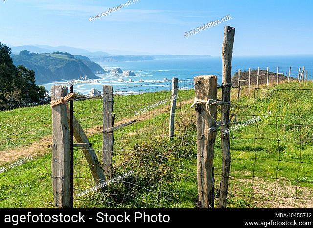 Spain, north coast, Asturias, coast, Jacobsweg, pasture fence