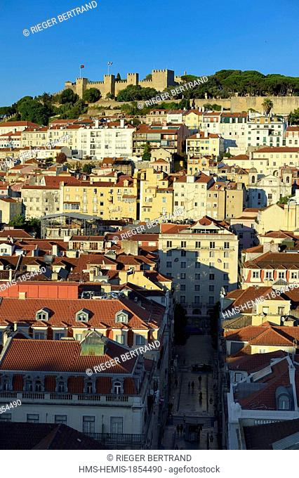 Portugal, Lisbon, city view from the elevador (elevator) de Santa Justa and the Castelo Sao Jorge (Castle of St. George) on the Alfama hill
