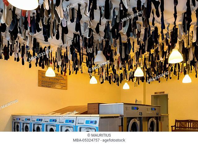 Dresden, Neustadt, launderette, lost socks