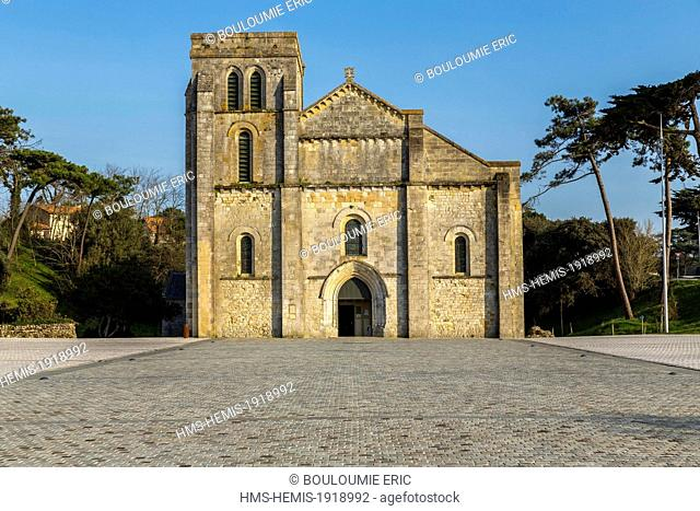 France, Gironde, Soulac sur Mer, Basilique Notre Dame de la fin des Terres built in the 12th century, listed as World Heritage by UNESCO