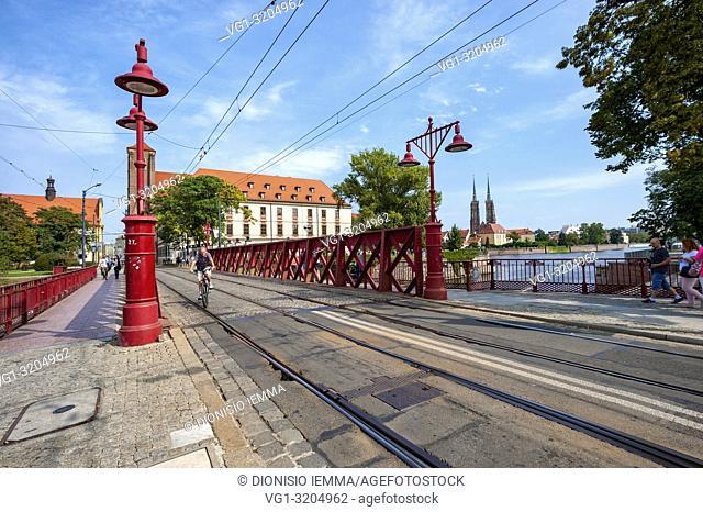 Wroclaw, Poland, Polska, Lower Silesia, Dolnoslaskie, Piaskowy bridge on the river Oder, Europe