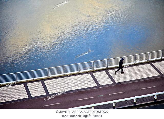 Walking on the banks of the river Urumea, San Sebastian, Gipuzkoa, Basque Country, Spain, Europe
