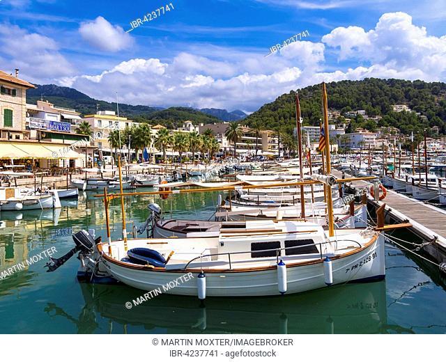 White fishing boats in the harbor of Port de Soller, Soller, Majorca, Balearic Islands, Spain