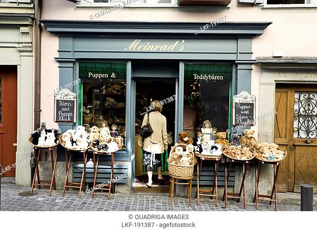 Shop selling dolls and teddy bears at Neumarkt, in the old town of Zurich, Zurich, Switzerland