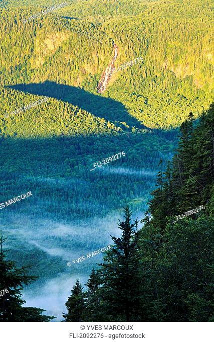 Delaney falls in bras-du-nord valley at sunrise, saint-raymond quebec canada