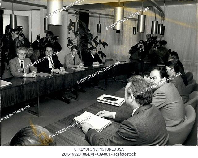 Jan. 08, 1982 - The Socialist and Communist delegations met at the Communist Party's headquarters at Place du Colonel Fabien in Paris