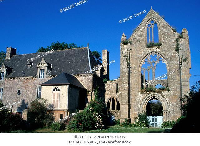 tourism, France, brittany, cotes-d'armor, cotes d'armor, paimpol cove, beauport abbey, vestige, ruins, rib, vault, old stones Photo Gilles Targat