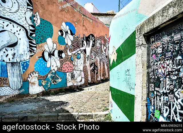 Europe, Portugal, capital city, old town of Lisbon, Alfama, Beco do Maldonado, alley with wall painting