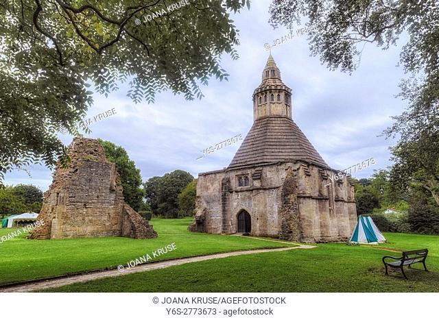 Glastonbury Abbey, Glastonbury, Somerset, England, UK