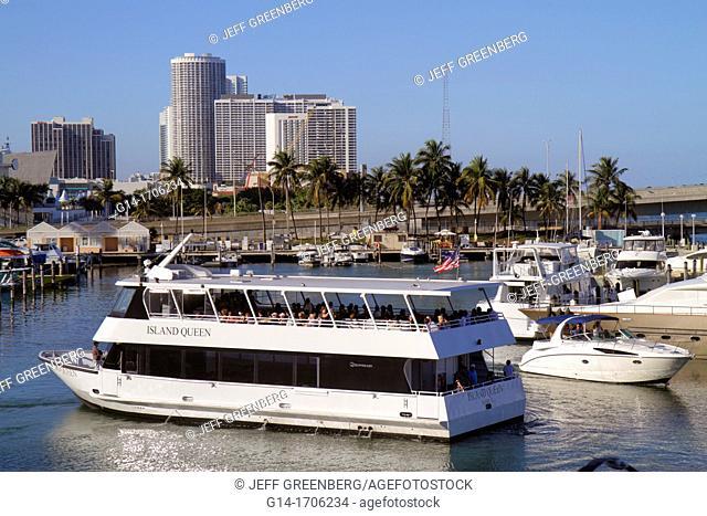 Florida, Miami, Bayside Marketplace, Marina, Biscayne Bay, Island Queen, tour boat, Port Boulevard Bridge