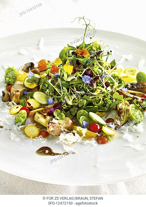A fine summer salad with artichokes and bloodwort