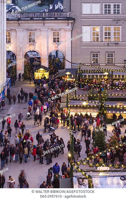 Austria, Salzburgerland, Salzburg, Christmas Market, Domplatz, elevated view, dusk