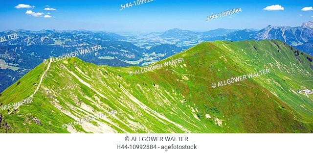 panoramic, footpath of the Fellhorn, in 2038 m, to the Söllereck, in 1706 m, Allgäu Alps, Bavaria, Germany, Europe