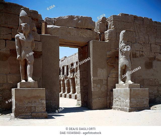 Egyptian civilization, New Kingdom, Dynasty XX. Ancient Thebes (UNESCO World Heritage List, 1979) - Luxor - Karnak - Temple complex of Amon (Ammon)