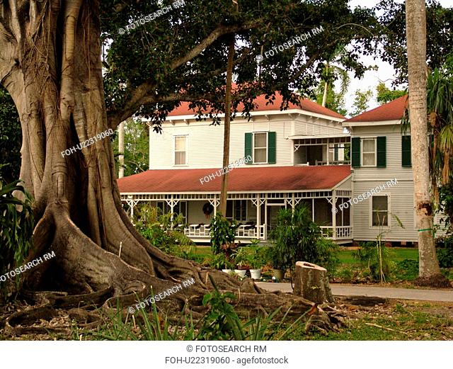 Fort Myers, FL, Florida, Edison and Ford Winter Estates, Holiday House, Guest House, Christmas decorations