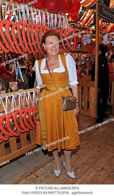 23 September 2019, Bavaria, Munich: Entrepreneur Evi Brandl, Vinzenzmurr Vertriebs GmbH, is a guest at the traditional Regine Sixt Damen-Wiesn in the...