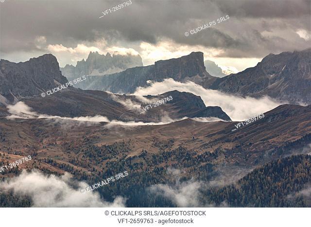 Europe, Veneto, Italy, Belluno. The Giau pass as seen from Col di Lana with Nuvolau and Ra Gusela, Croda da Lago, Lastoni of Formin and Cernera, Dolomites