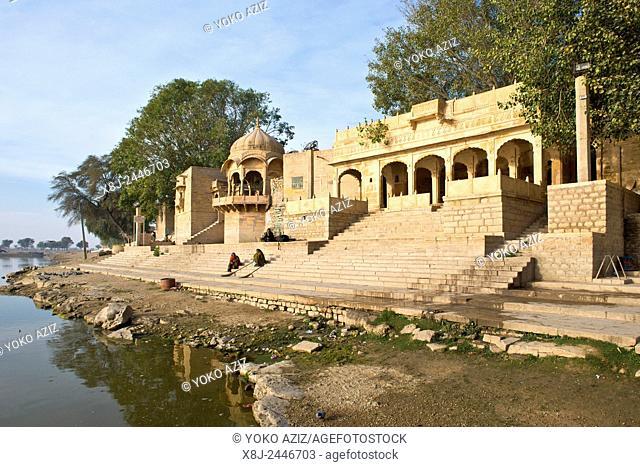 India, Rajasthan, Jaisalmer, Gadisar tank