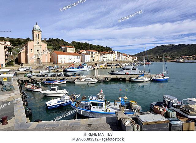 France, Pyrenees Orientales, Port Vendres, Harbour, Quai de l'Artillerie, Our Lady of Good Counsel Church