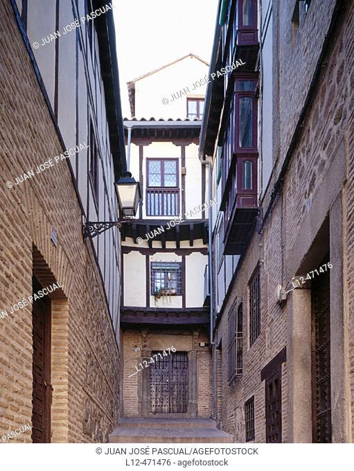 Houses in the old town, Toledo. Castilla-La Mancha, Spain