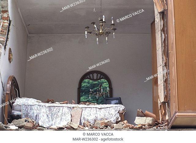 italy, tuscany, versilia, cardoso, flood and landslide, 1996