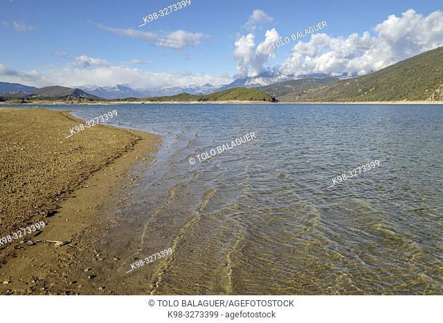 embalse de Mediano, Huesca, Aragón, cordillera de los Pirineos, Spain