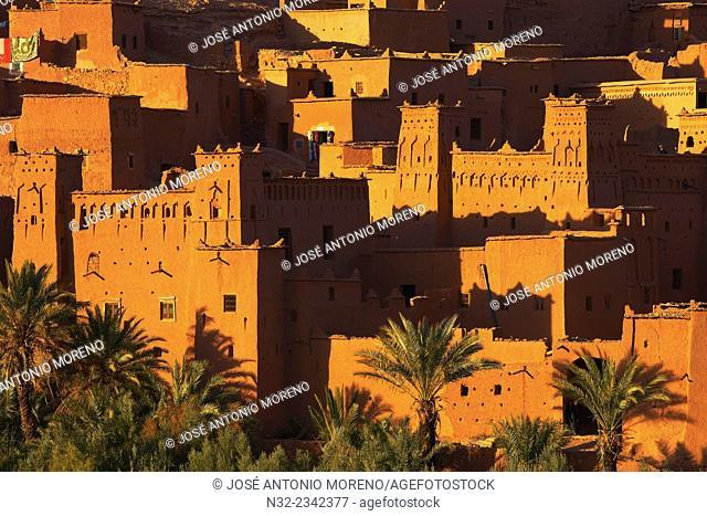 Ait Benhaddou Kasbah, UNESCO World Heritage Site, at dawn, High Atlas Mountains, ksar Ait Benhaddou, Ouarzazate Province, Souss Massa Draâ region, Morocco