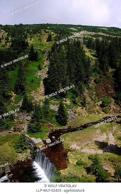 White Elbe Valley, Krkonose National Park, Giant Mountains, Liberec Region, Czech Republic