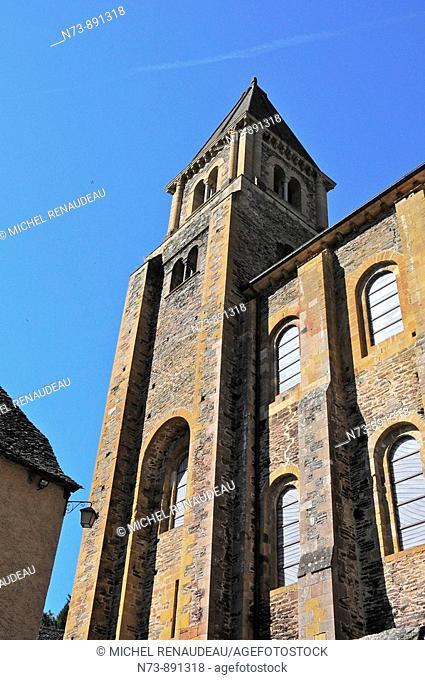 Sainte-Foy abbey church, Conques, Aveyron, Midi-Pyrenees, France