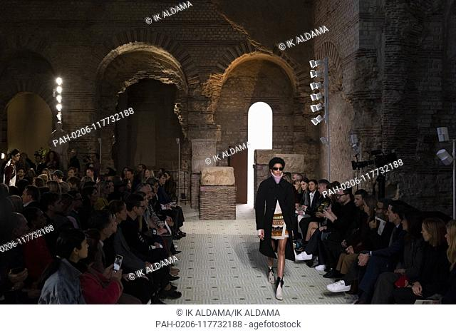 LANVIN runway show during Paris Fashion Week, AW19, Autumn Winter 2019 collection - Paris, France 27/02/2019 | usage worldwide. - Paris/France