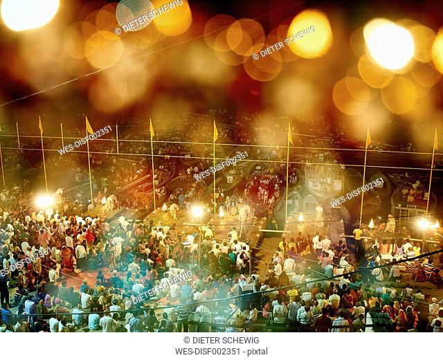 India, Uttar Pradesh, Varanasi, Ganges river, Ghats, ceremony at night, Bokeh