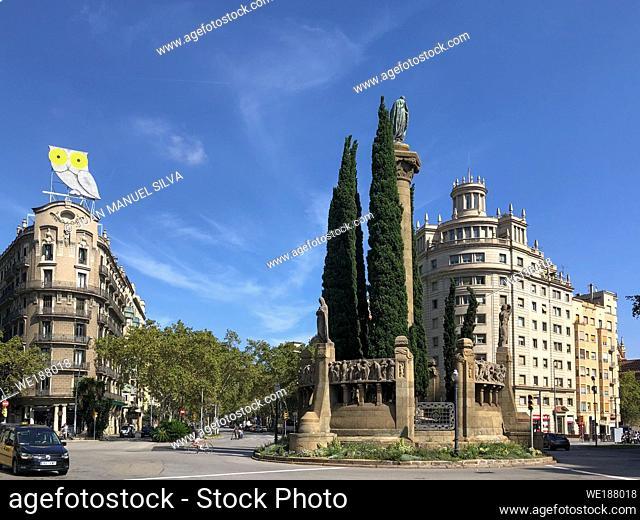 Praça de Mossèn Jacint Verdager, Barcelona, Catalunya, Spain