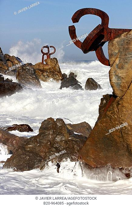 'Peine del Viento' sculpture by Eduardo Chillida, San Sebastian, Guipuzcoa, Basque Country, Spain