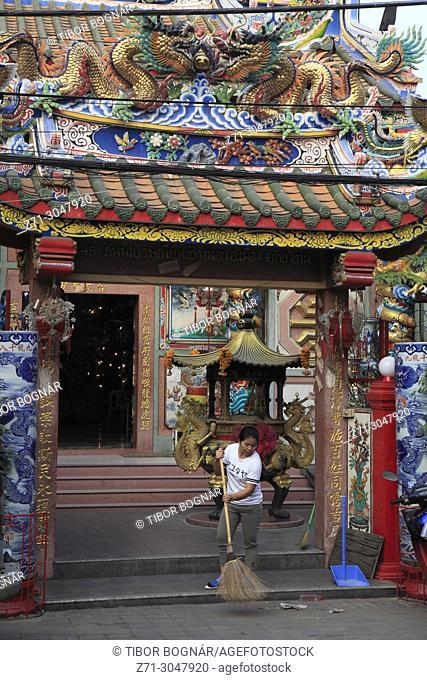 Thailand; Chiang Mai, Pung Thao Kong Shrine,