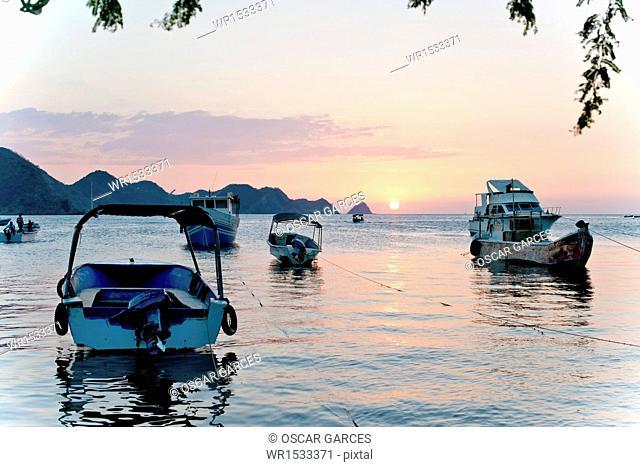 Embarkation in Great Beach, Taganga, Santa Marta, Magdalena, Colombia