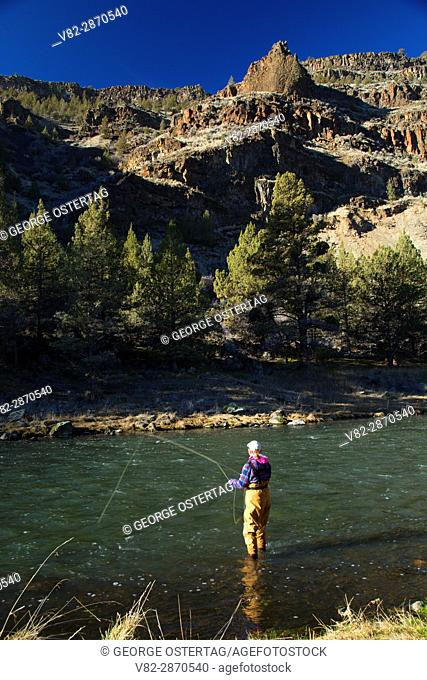Flyfishing in Crooked Wild and Scenic River canyon, Lower Crooked River National Back Country Byway, Prineville District Bureau of Land Management, Oregon