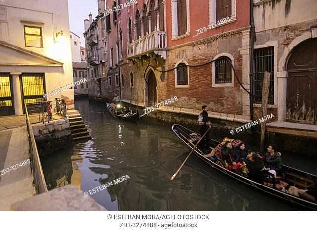 Evening view of a venetian canal