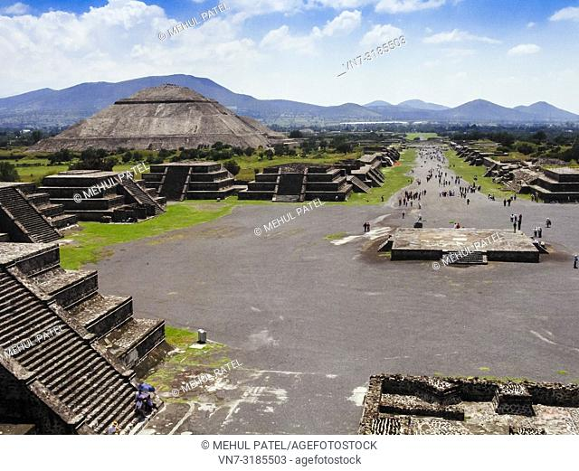 View from the Pyramid of Moon of the 'Avenue of the dead' and the Pyramid of the Sun - Teotihuacan, Mexico