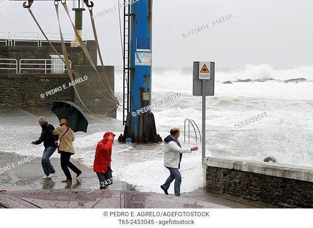 Extratropical cyclone (Cyclogenesis), Port of Rinlo, Ribadeo, Lugo province, Galicia, Spain