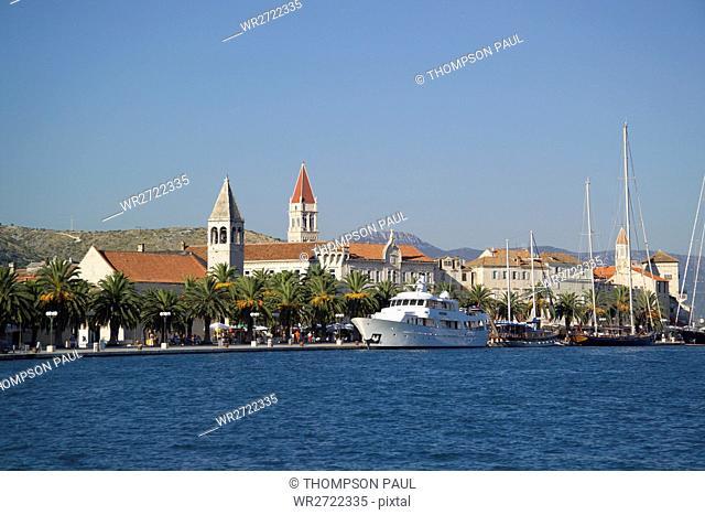 90900332, Trogir, Dalmatia, Croatia, quayside, wat