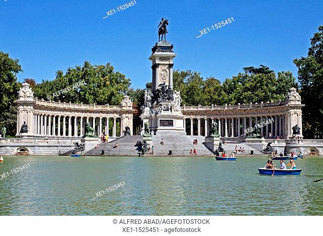 lake, monument to Alfonso XII, Retiro's park, Madrid, Spain