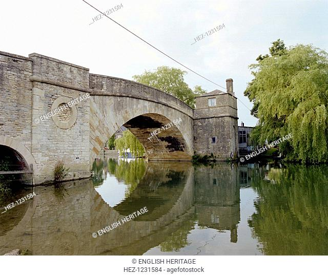Ha'penny Bridge, Lechlade, Gloucestershire, 2000. Reflected in the River Thames. The bridge dates from 1793. The main arch has a 51ft span