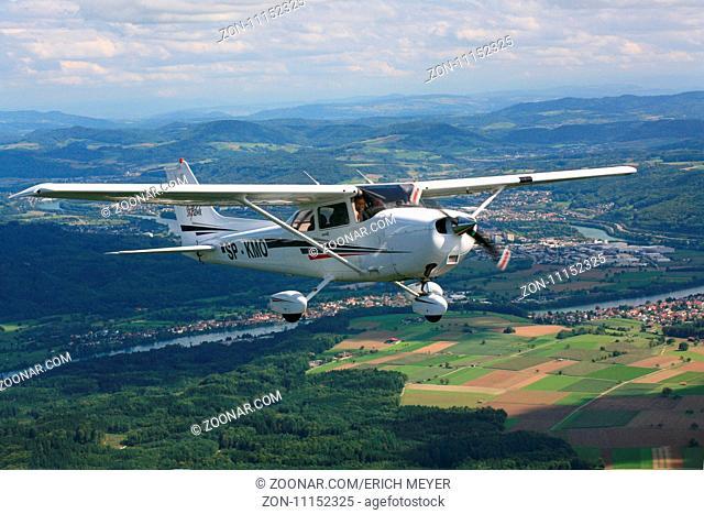 Rundflug mit Motorflugzeug Cessna C172 Skyhawk
