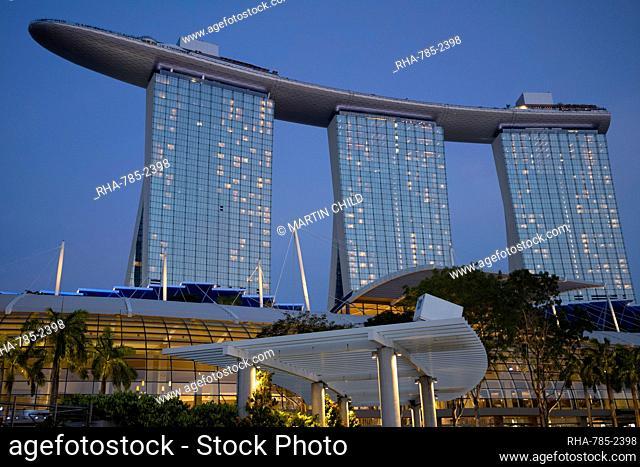 The Marina Bay Sands Hotel in Marina Bay at dusk, Singapore, Southeast Asia, Asia