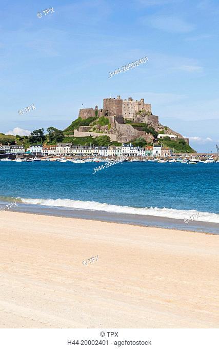 United Kingdom, Channel Islands, Jersey, Gorey, Beach and Mont Orgueil Castle