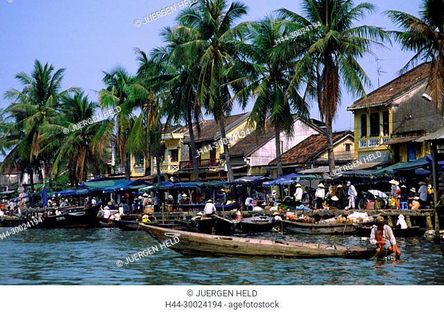 Hoi an floating market